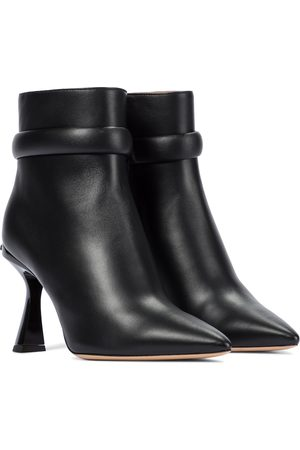 Givenchy Carène leather ankle boots