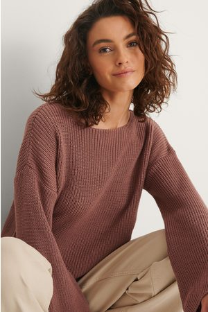 NA-KD Cropped Long Sleeve Knitted Sweater