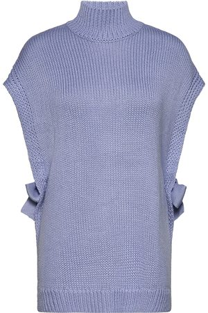 Six Ames Josie Vests Knitted Vests Lilla