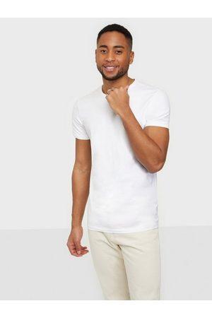 Casual Friday David crew neck t-shirt T-skjorter og singleter Bright White