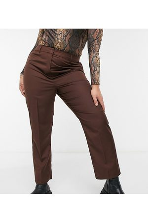 COLLUSION Plus straight leg trouser in chocolate brown-Grey