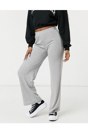 Pieces Ribbed wide leg trousers in light grey marl