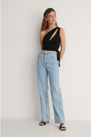 Curated Styles Lettvasket Rette Jeans