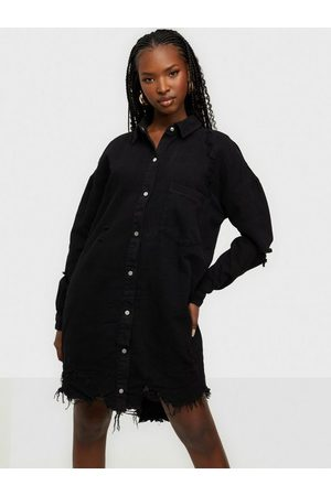 Missguided Super Hem Distress Denim Shirt Dress