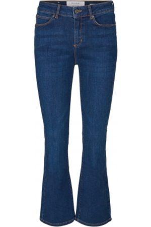 Pieszak Jelena Swan Kick Flare Excl.Japan Jeans