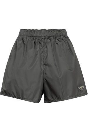 Prada Dame Shorts - Nylon gabardine shorts
