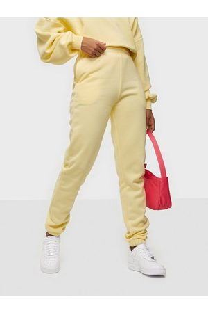 NLY Trend Cozy Sweat Pants Gul