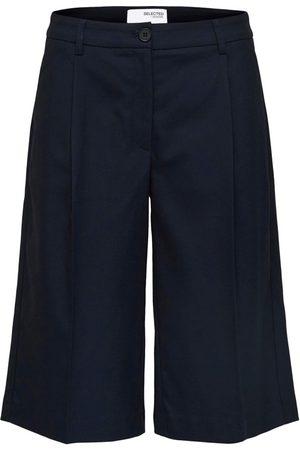 Selected Pas Shorts Drops