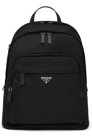 Prada Herre Ryggsekker - Re-Nylon logo-plaque backpack