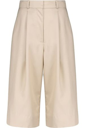 Low Classic Wool Bermuda shorts