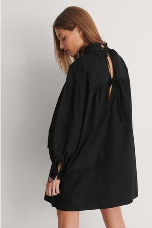 Curated Styles Dame Sommerkjoler - Detail Cotton Dress