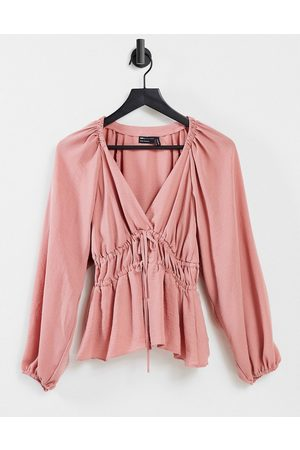 ASOS Dame Langermede - Long sleeve v neck top with kimono sleeve and tie front in antique rose-No colour