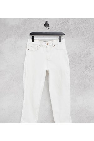 New Look Ripped mom jean in off white