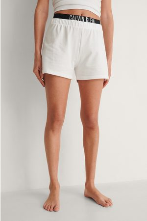 Calvin Klein Dame Shorts - Shorts