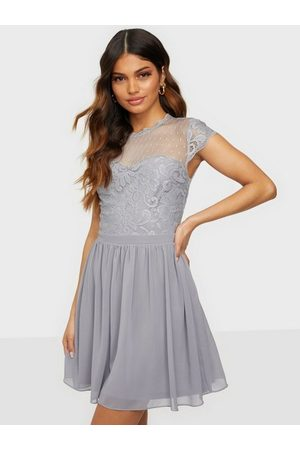 NLY Trend Dream On Lace Dress