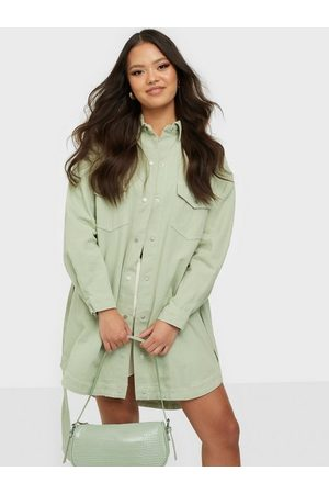 Missguided Dame Jeanskjoler - Contrast Stitch Belted Denim Dress