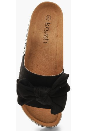 Boohoo Bow Detail Cleated Flatforms