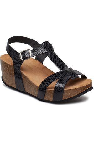 Cream Dame Wedges - Sandry Sandal