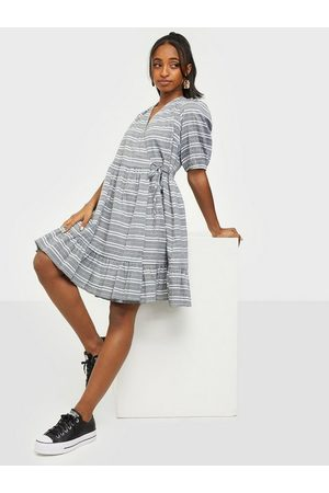 Y.A.S Dame Kjoler - Yasraffia 2/4 Dress - Icon S.
