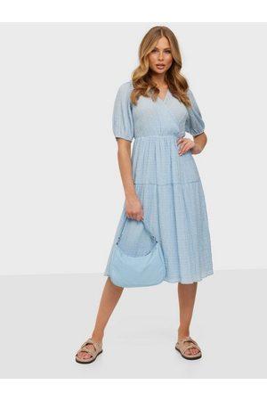 ONLY Dame Maxikjoler - Onlfine S/S Midi Dress Wvn Cashmere Blue