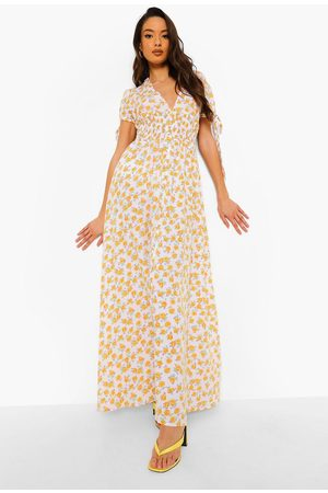 Boohoo Ditsy Print Shirred Waist Maxi Dress