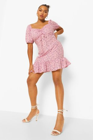 Boohoo Plus Ditsy Floral Frill Hem Mini Dress