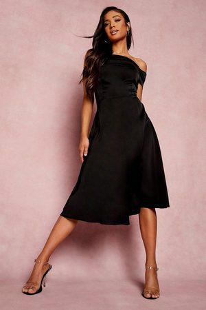 Boohoo Petite Drape Detail Bardot Midi Dress