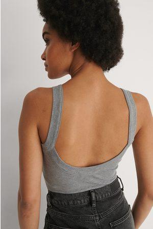 NA-KD Dame Body - Resirkulert Body Med Dyp Rygg Og Detaljer