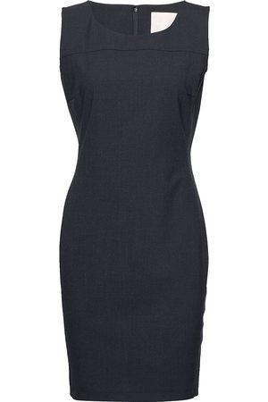 Karen by Simonsen Sydney Suit Dress Knelang Kjole Grå