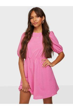 Glamorous Dame Kjoler - Square Neck Half Sleeve Dress