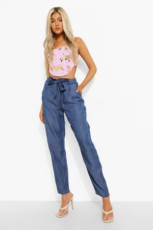 Boohoo Dame Boyfriend - Tall Cropped Belted Paperbag Chambray Trouser