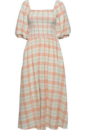 Résumé Dame Kjoler - Ebonyrs Dress Dresses Everyday Dresses Rosa