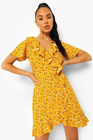 Boohoo Woven Ditsy Floral Ruffle Wrap Front Tea Dres