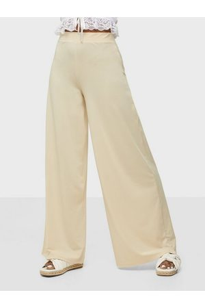 NLY Trend My Luxe Flowy Pants