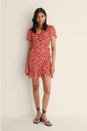 NA-KD Dame Korte kjoler - Kort Mini Omslagskjole