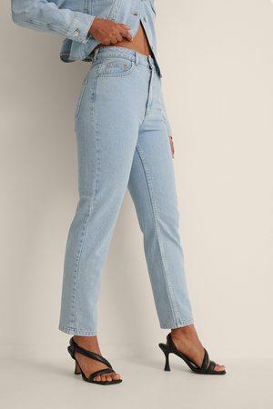 Curated Styles Dame Mom - Økologiske Figursydde Mom Jeans