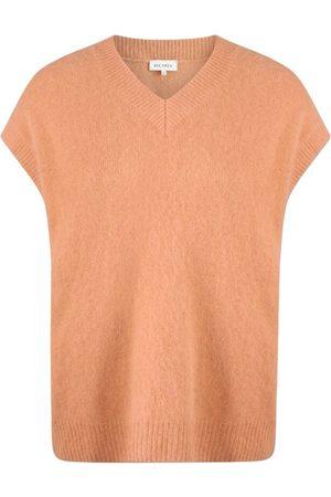 Six Ames Knitwear