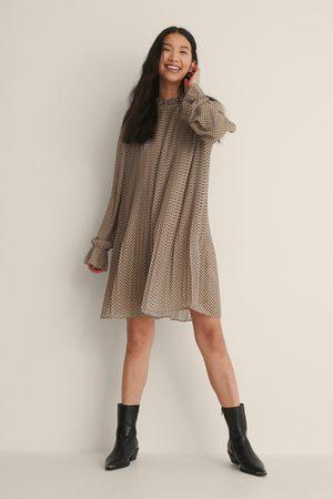 NA-KD Dame Korte kjoler - Plissert Minikjole