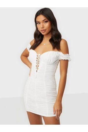 Love Triangle Dame Festkjoler - Garden Gate Mesh Mini Dress White