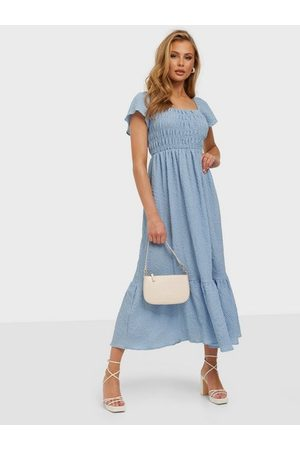 NLY Eve Square Neck Smock Gown