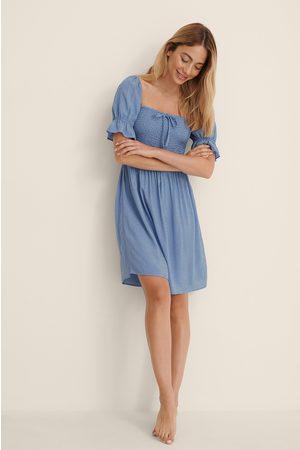 NA-KD Dame Korte kjoler - Minikjole Med Puffermer