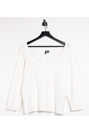 VERO MODA Long sleeve t-shirt with sweetheart neck in white