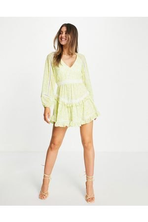 Forever New Backless balloon sleeve tiered mini dress with lace inserts in pastel floral-Yellow