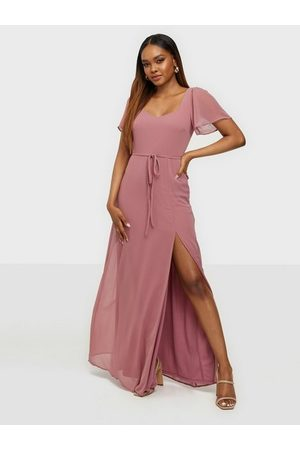 NLY Frill Sweetheart Gown Rose