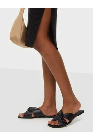 NLY Shoes Dame Loafers - Twisted Feels Flat