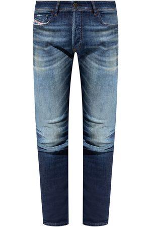 Diesel Herre Straight - Sleenker distressed jeans
