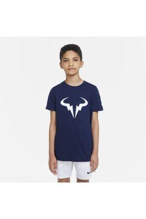 Nike Court Dri-FIT Rafa tennis-T-skjorte til store barn (gutt)