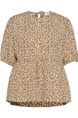 Norr Meadow Top Blouses Short-sleeved