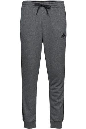 adidas Essentials French Terry Tapered Cuff 3-Stripes Pants Joggebukser Pysjbukser Grå