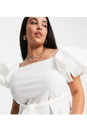 Yours Dame Topper - Peplum top in white